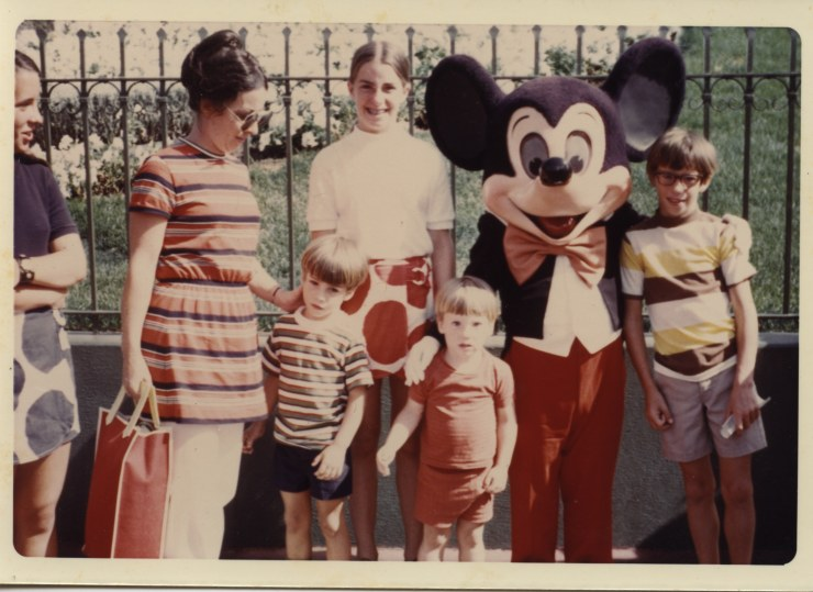 Disney Land with Mickey Mom and 5 kids