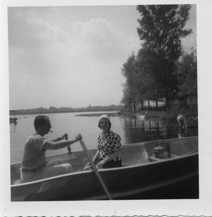 Summer 1959 - Dale and Martha in boat